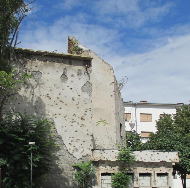 war damage still widespread in Mostar