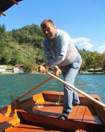Row your pletna boat...