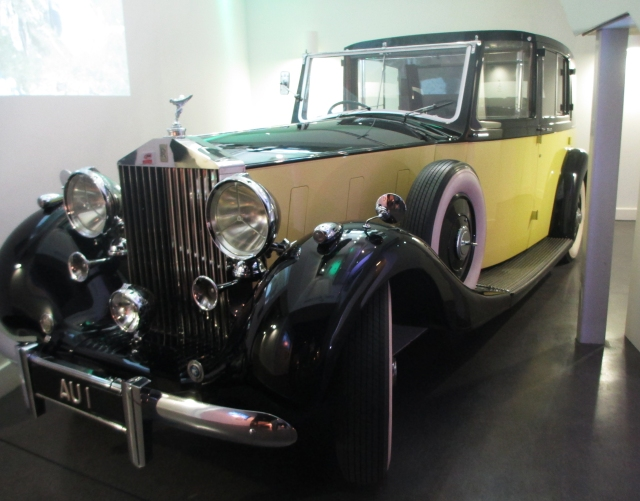Goldfinger's 1937 Rolls Royce Phantom